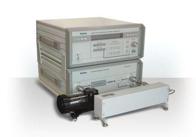 Измеритель комплексных коэффициентов отражения и передачи Р4-103 диапазон частот 78.33-118.1 ГГц